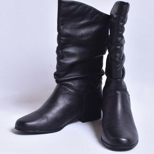 St John's Bay Slouch Boots, Sz 9.5